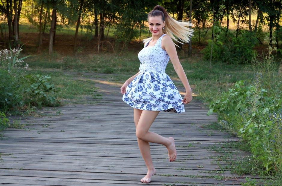 modne sukienki ze sklepu online