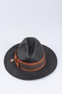 kapelusz stworzony przez Patrizie Pepe